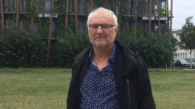 """Unwetterschutz: """"Man sollte aus den Straßen Grünflächen schaffen"""", sagt der Berliner Landschaftsarchitekt Carlo Becker. Er beschäftigt sich seit vielen Jahren mit dem Konzept der Schwammstadt."""