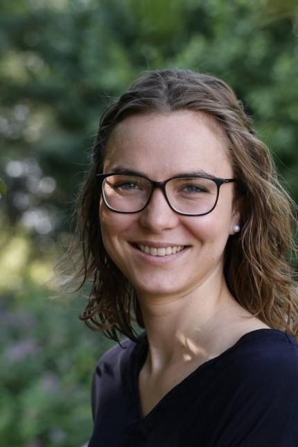 Mobilität: Das, was die Stadt Freising und der Landkreis bislang an Busverkehr anbieten, ist nach Ansicht von Emilia Kirner, ÖDP-Stadträtin und Bundestagskandidatin, unzureichend.