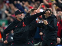 Sport Bilder des Tages Liverpool v AC Milan - UEFA Champions League - Group B - Anfield Liverpool manager Jurgen Klopp c