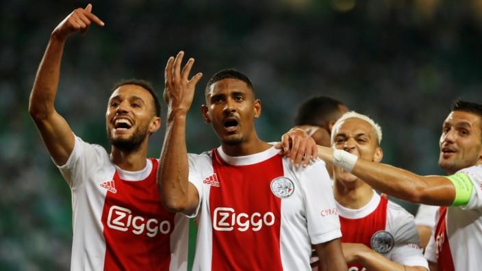 Champions League - Group C - Sporting Lisbon v Ajax