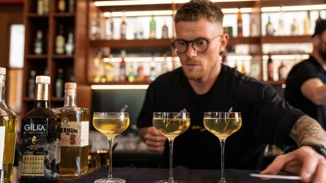 Stuttgarter Barmann gewinnt Wettbewerb mit Quitten-Drink