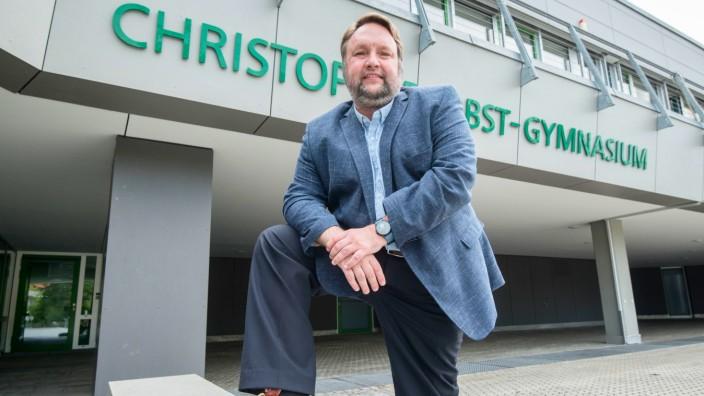 Gilching: Schuldirektor Bernd Kaube ist der Nachfolger von Peter Meyer. Er gehört dem Kollegium seit zehn Jahren an.