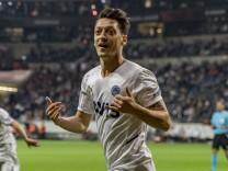 Europa League: Özil verhindert Frankfurter Auftaktsieg