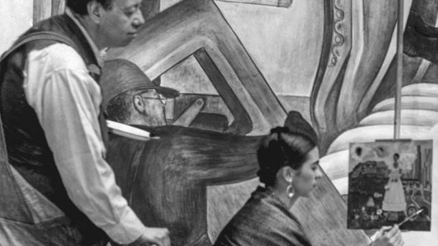 Kunst: Frida Kahlo und ihr Mann Diego Rivera, den die Künstlerin immer schöner malte, als er im wahren Leben war.