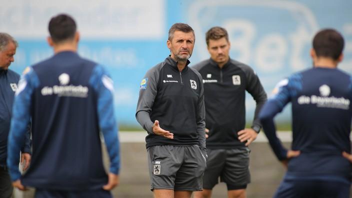 Muenchen, Deutschland 15. September 2021: 3.Liga - 2021/2022 - TSV 1860 Muenchen - Training - 15.09.2021 Trainer Michae