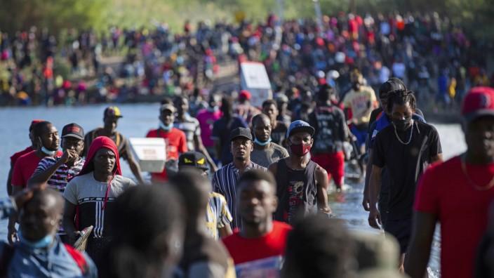 Migration an der Grenze zwischen Mexiko und USA