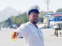 """Verkehr in Kabul: """"Einmal hat mich ein Autofahrer am Kragen gepackt"""""""