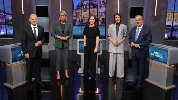 Chancellor Candidates Meet For Final 'Triell' Televised Debate