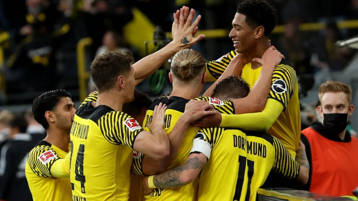xjbx, Dortmund, Signal Iduna Park, 19.09.21, 1. Bundesliga: Borussia Dortmund - Union Berlin Bild: Jubel beim BVB nach