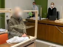 Prozess: Frau offenbar jahrelang in Münchner Wohnung eingesperrt