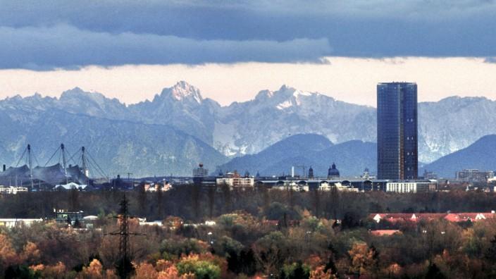 München, Stadtansicht, Innenstadt, Altstadt, Zentrum, City, Stadtzentrum, Olympiastadion, Olympiapark, Uptown Munich Ho