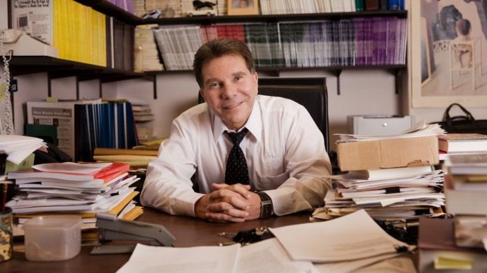 Psychologie: Godfather of Influence: Robert Cialdini ist emeritierter Professor für Psychologie und Marketing der Arizona State University.