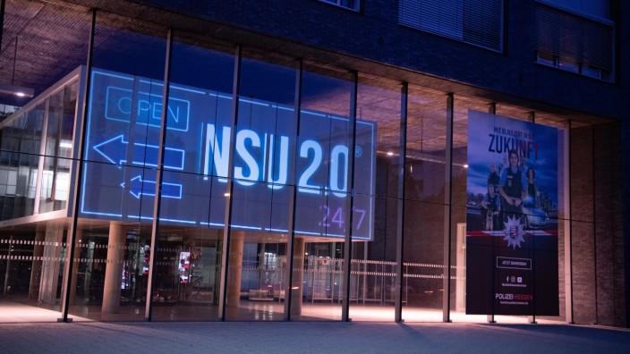 NSU 2.0: Kunstaktion gegen rechte Strukturen bei der Polizei