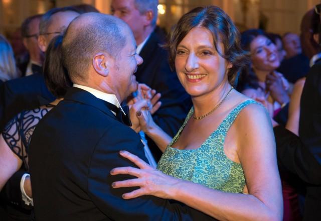 Olaf Scholz und Britta Ernst