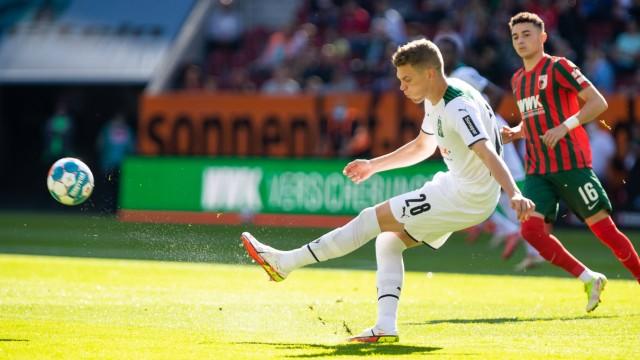Matthias Ginter (Borussia Moenchengladbach 28) GER, FC Augsburg vs. Borussia Moenchengladbach, 1.Bundesliga Fussball, 5