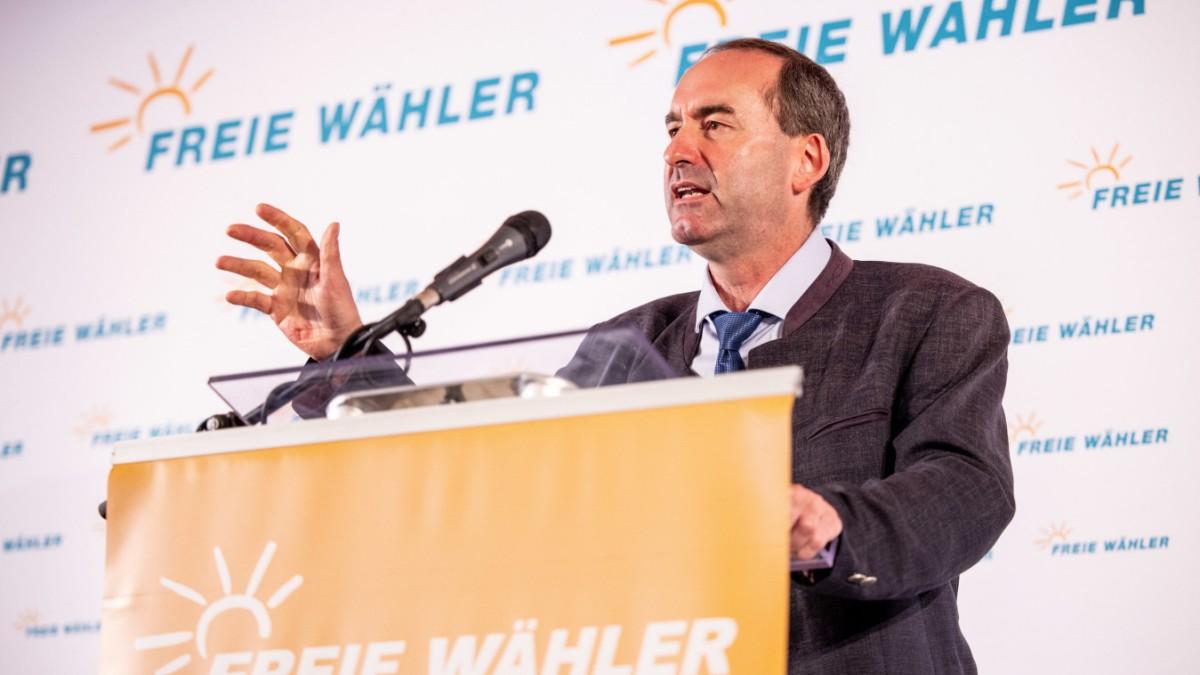 Corona in Bayern Aiwanger lässt Lohnfortzahlung prüfen   Bayern ...