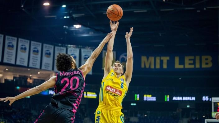 Basketball Berlin 23.09.2021 1. Bundesliga / easyCredit BBL Saison 2021 / 2022 Alba Berlin - Telekom Baskets Bonn Malte