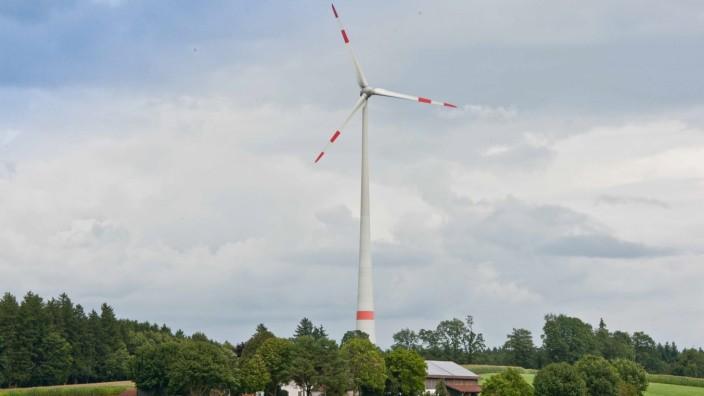 Windräder in Vaterstetten: Das Brucker Windrad ist noch die einzige Anlage im Landkreis Ebersberg.
