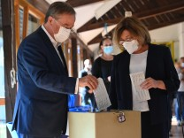 Bundestagswahl - Stimmabgabe Laschet CDU