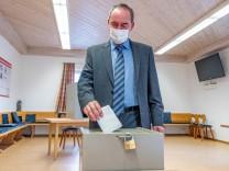 Bundestagswahl - Stimmabgabe Aiwanger (Freie Wähler)