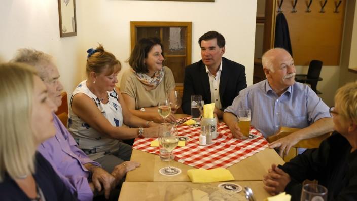 Freie Wähler im Kreis Freising: Die Freien Wähler haben sich am Sonntagabend im Freisinger Hofbrauhauskeller zur Wahlnachlese getroffen.