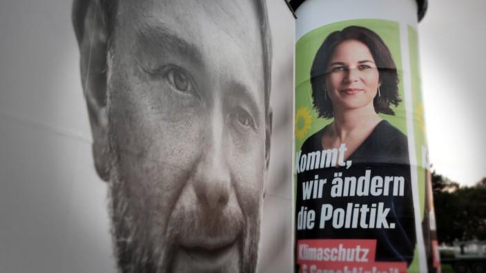 Bundestagswahl 2021: Christian Lindner und Annalena Baerbock auf Wahlplakaten