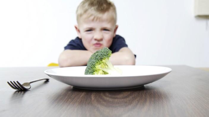 """SZ-Serie """"Ein Anruf bei ..."""": Ach komm, probier mal, das ist soooo gesund ... Wenn Brokkoli serviert wird, hängt in so mancher Familie der Haussegen schief."""