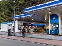 Idar-Oberstein: Mutmaßlicher Tankstellen-Schütze stand wohl unter Alkoholeinfluss