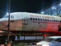 Indien: Brückenlockdown
