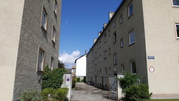 Die Wohnblocks  an der Pasinger Nimmerfallstraße