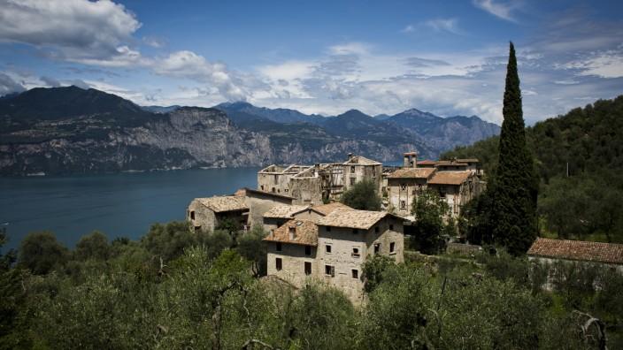 Travel Destination: Lake Garda