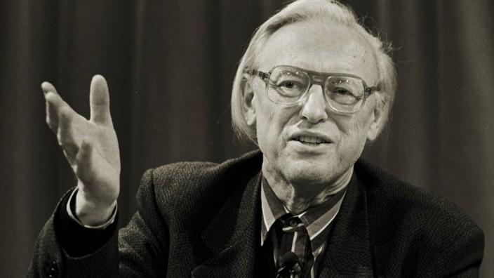 """Literaturwissenschaftler Jost Hermand: """"Ich weiß, ich war in der DDR sehr bekannt. Dabei war ich nur zwei Jahre dort, danach durfte ich gar nicht mehr in Ostblockländer reisen"""": Jost Hermand."""