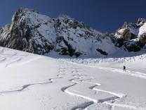 Saisonstart der Skigebiete: Gondeln ohne Grenzen