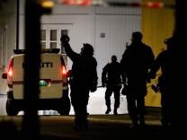"""Gewalttat in Norwegen: """"Plötzlich hörte ich die Polizei brüllen: 'Leg deine Waffe hin!'"""""""