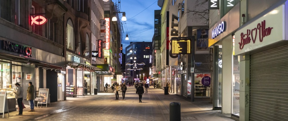 Westenhellweg in der Dortmunder Innenstadt nach dem Lockdown *** Westenhellweg in Dortmund city centre after the lockdo