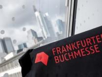 Frankfurter Buchmesse: Autorinnen und Autoren im Gespräch mit SZ-Journalisten
