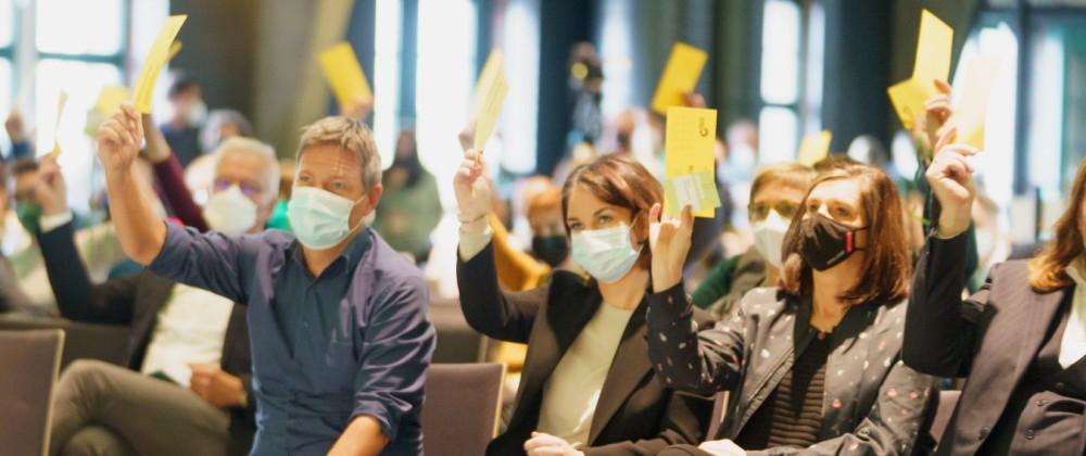 BÜNDNIS 90/DIE GRÜNEN - Kleiner Parteitag - Außerordentlicher Länderrat in Berlin zur Entscheidung über die Aufnahme vo