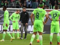 Wolfsburg in der Bundesliga: Jähes Ende für van Bommel