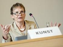 Novelle des Berliner Hochschulgesetzes: Kunst kündigt Rücktritt an
