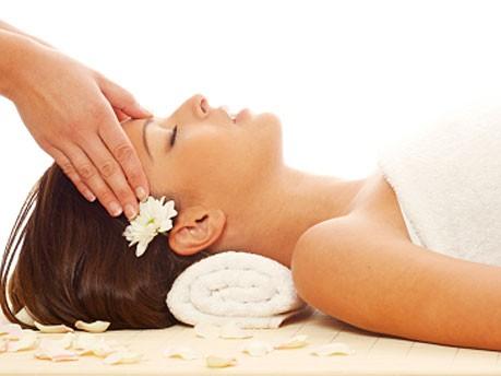 Massage_istock