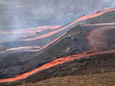 Vulkan-Ausbruch, AP