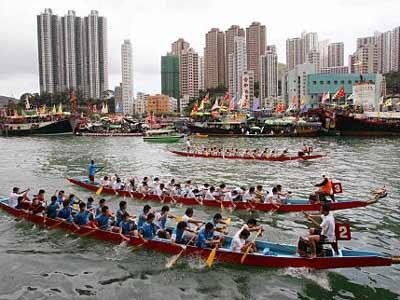 Drachenboot, Reuters