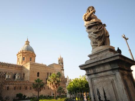 Europa Italien Sizilien Palermo Katakomben Mumien, iStock