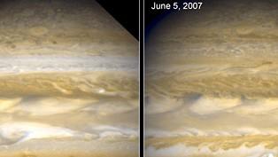 Jupiter: Deutlich zu sehen: Wetterunterschiede am 25. März und am 5. Juni 2007.