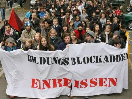 Schülerdemonstration Stuttgart, dpa