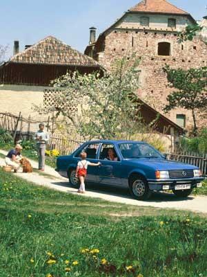 Opel Rekord E1, 1977