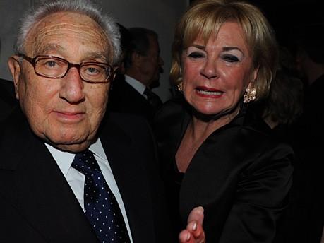Henry Kissinger Liz Mohn Seybolt Käfer Sicherheitskonferenz Foto: Stephan Rumpf
