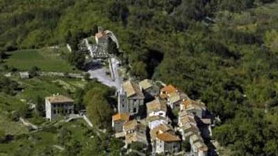 Istrien: Luftaufnahme von Hum in Istrien