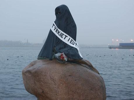 Die kleine Meerjungfrau in Kopenhagen wird 95 Jahre alt, AFP