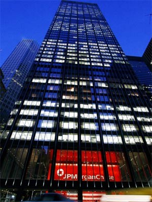 JPMorgan, AP